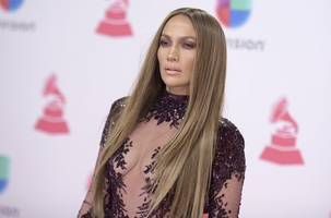 jennifer lopez would love to live in somewhere other than the us