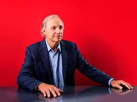 ray dalio says anyone who wants to understand today's world should read a 32-year-old book about empires