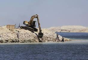 environmental impact of suez canal debated 150 years after it was opened