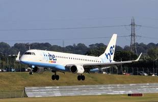 flybe to switch newquay-heathrow flights to gatwick