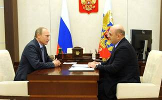 russian lawmakers approve mishustin as pm