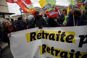 union protests continue despite macron's compromise