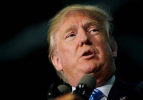 white house says trump's muslim comments disqualify him for president
