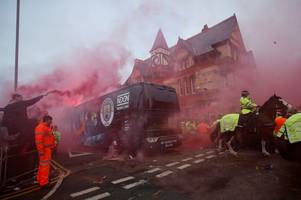 liverpool fan group want man utd spooked pre-match by 'pints, pyros and flags'