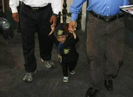 'world's smallest man' dies at age of 27