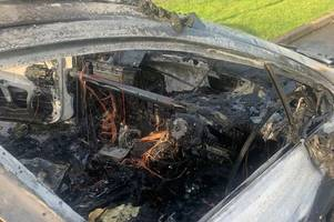 driver escapes minutes before his car bursts into ball of flames in druids heath