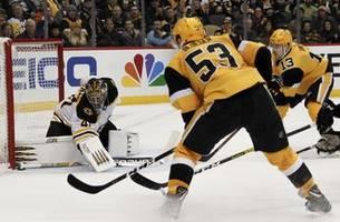 Rust, Johnson help Pittsburgh rally past Bruins 4-3