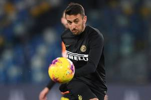 everton target matias vecino left out of inter milan squad as transfer talks continue