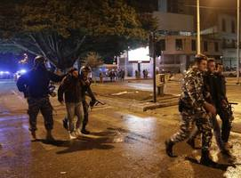 lebanon police fire tear gas at protesters amid beirut riots