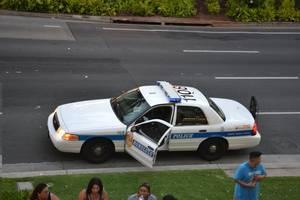 hawaii police officers killed in shooting in waikiki beach neighborhood