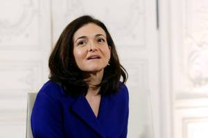 sheryl sandberg spoke at a private event in davos and revealed that facebook is rolling out a new privacy checkup to 2 billion people as part of efforts to be more accountable (fb)