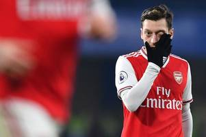 mesut ozil singled out by frank lampard for causing chelsea problems vs arsenal