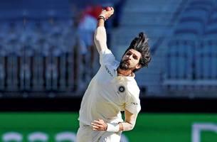 ind vs nz: shikhar dhawan, ishant sharma injuries spell trouble for virat kohli