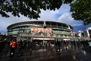 arsenal news: player ratings, martinelli praise, barcelona's aubameyang 'talks', mbappe message