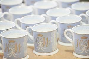 official site no longer sells harry and meghan wedding memorabilia
