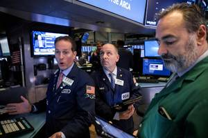 Dow drops over 250 points after 2nd case of Wuhan virus in the states is confirmed