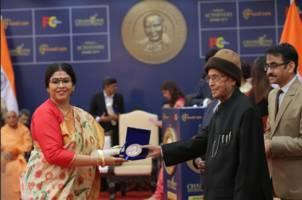 kolkata born astrologer dr. sohini sastri wins champions of change award