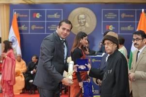 mumbai born ajay harinath singh wins champions of change award