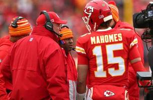 mahomes' dual-threat play on display in chiefs' road to super bowl