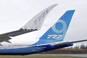 boeing successfully completes 777x maiden flight