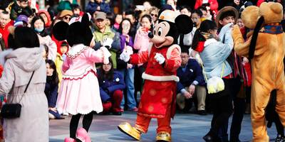 Disney drops 3% after Wuhan coronavirus forces closure of Shanghai and Hong Kong theme parks
