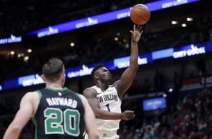 Williamson has double-double, Pelicans top Celtics 123-108