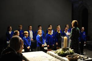 holocaust memorial day ceremony in scunthorpe remembers victims of genocide