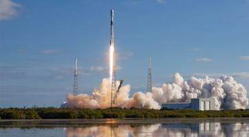 spacex launches fourth batch of starlink internet satellites