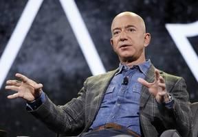 Jeff Bezos met FBI investigators in 2019 over alleged Saudi hack
