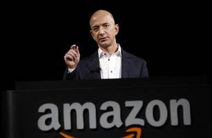 jeff bezos sued by girlfriend's brother for defamation