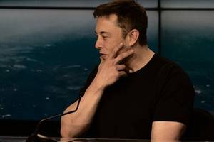 elon musk is as if 'thomas edison and henry ford made a baby,' analyst says ...