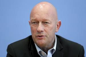 german governor elected with far-right help seeks new vote