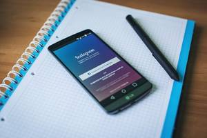 instagram has a new feature, you can use it to unfollow accounts