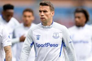 seamus coleman sends everton warning to arsenal, chelsea and tottenham in the race for europe