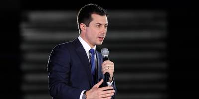 'a godsend to my old industry': a former insurance executive says pete buttigieg's healthcare plan would keep huge profits for insurers and bankrupt americans