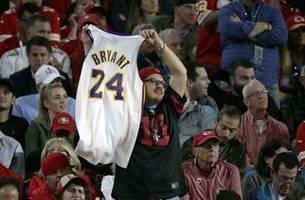 Kobe Bryant among 8 finalists for Basketball Hall of Fame