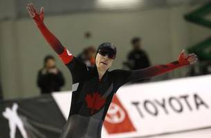 Fish earns speed-skating gold, world record in 10,000m