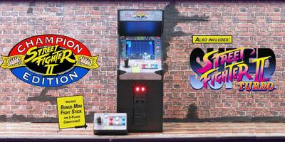 This mini Street Fighter II arcade cabinet is retro gaming goals