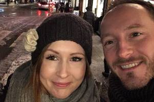 teacher's cancer spotted by tinder boyfriend while cuddling on sofa