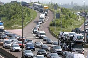 M5 traffic stopped after crash - updates