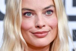 margot robbie 'invites prince harry and meghan markle to dinner in la'