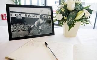 harry gregg book of condolence opens in windsor park