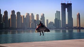 dubai daredevil sets jetpack world record
