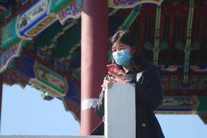 coronavirus: china's death toll breaches 2,000 but spread of virus is stabilising
