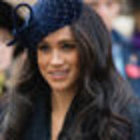 air hostess' resemblance to meghan markle stuns passengers
