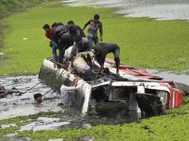 ksrtc bus accident: at least 20 killed as bus collides with truck in coimbatore