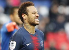 neymar still wants to rejoin barca says messi