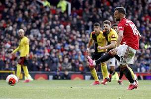 Fernandes on the spot as Man United beats Watford 3-0 in EPL