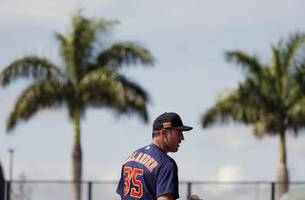 Astros' Verlander to debut Thursday vs. Scherzer, Nationals
