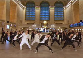 bts takes over grand central terminal, tries pastrami sandwiches at katz's